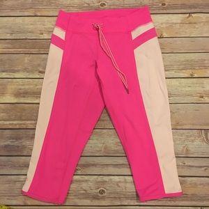 Lululemon Heat It Up Crop in Pink, Size 2